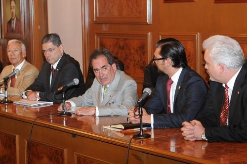 Con los directivos del Consejo Nacional Agropecuario y el ingeniero Teodoro Olivares Ventura.