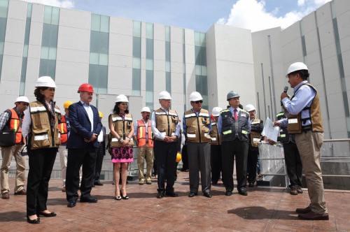 Supervisión a las obras casi terminadas del nuevo Hospital Hidalgo